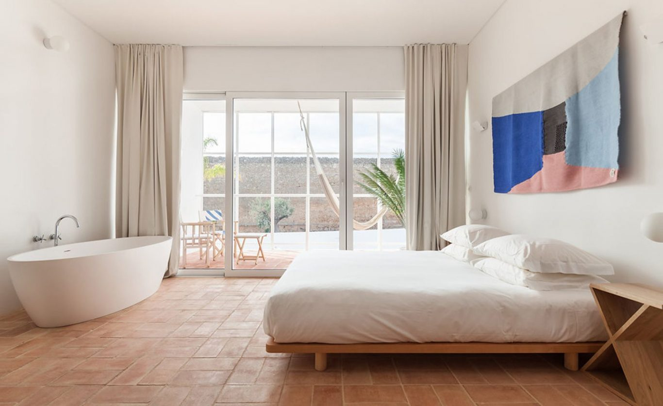 Top 3 Tips To Discover Hidden Cameras In Your AirBnB ...